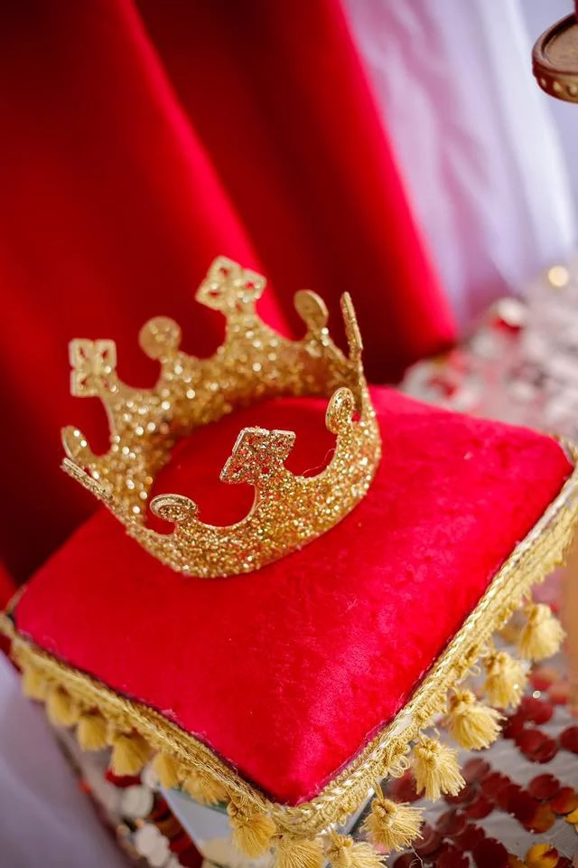 Red And Gold Royal Prince Baby Shower Decoration